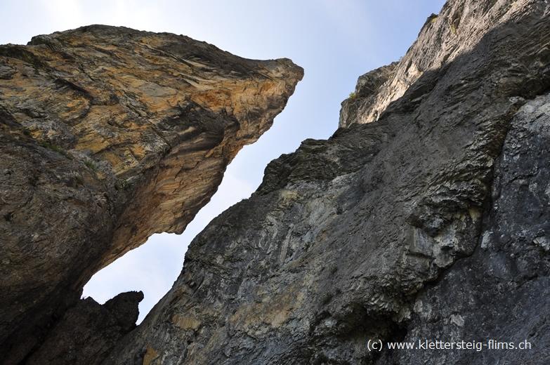 Klettersteig Flims : Zustieg zum klettersteig pinut bei flims fidaz